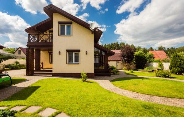 Дом с мансардой в санаторно-курортной зоне, с д.Крыжовка.